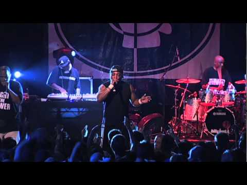Public Enemy - Fight The Power (Live)