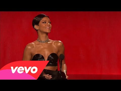 Rihanna - Favorite R&B/Soul Artist, Female (2013 AMAs)